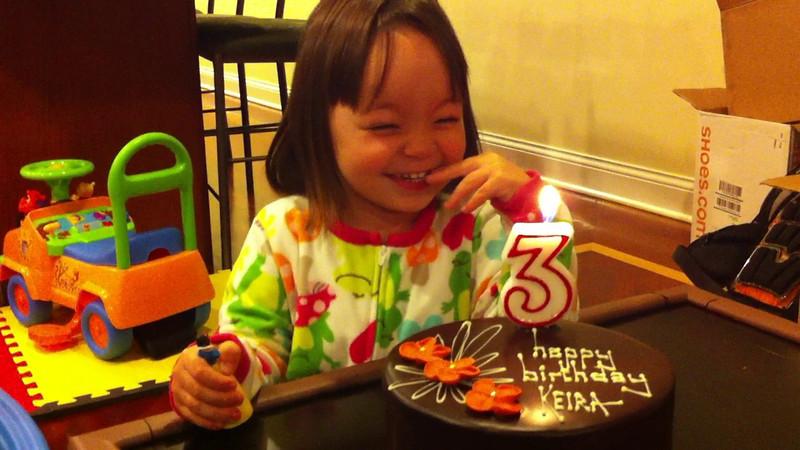 Keira's 3rd Birthday 007.MOV