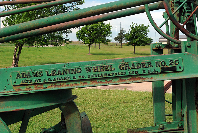 Adams Leaning Wheel Grader No. 2C 02.JPG