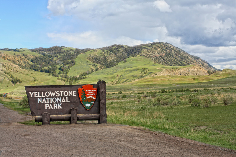 Yellowstone National Park North Entrance