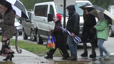 #2139 Halloween on (Rainy) Hillcrest Ave, 10/31/18