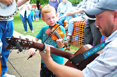 Op-ed and Fiddler Picnic