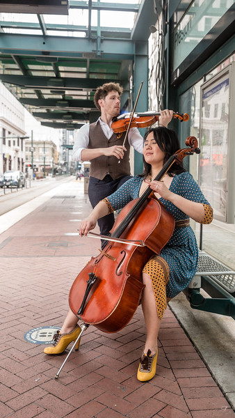 Musicians - Lisa & Travis