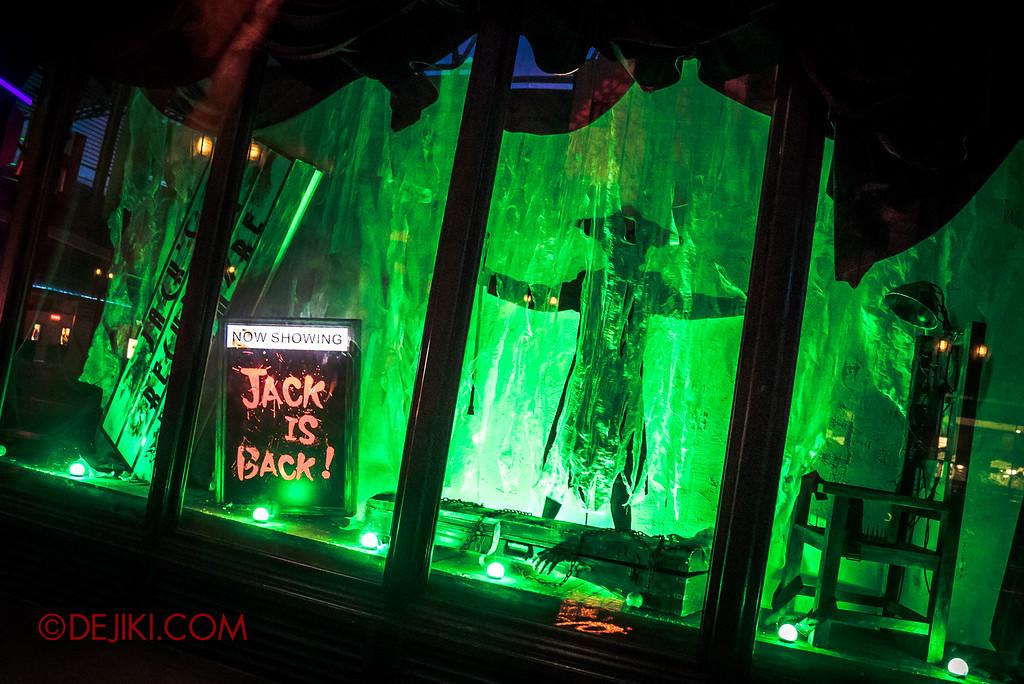 Halloween Horror Nights 6 SURVIVAL GUIDE by Dejiki.com / Jack's Souvenirs