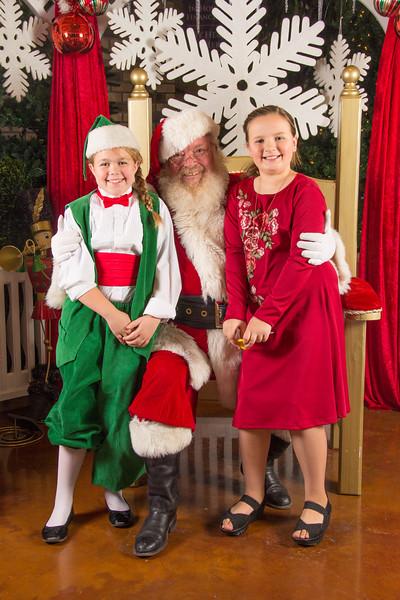 Santa 12-16-17-201.jpg