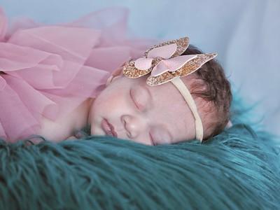 Newborn: Saige