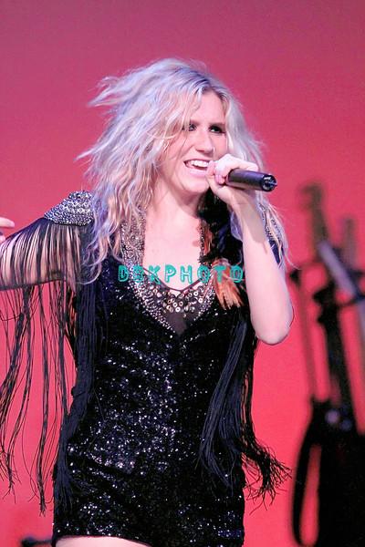 DBKphoto / Ke$ha 04/30/2010