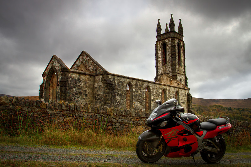1. Donegal The roofless church in Dunlewy – Poisoned Glen – S of Errigal
