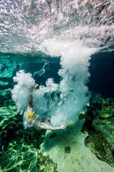 3-17 Cenote Azul