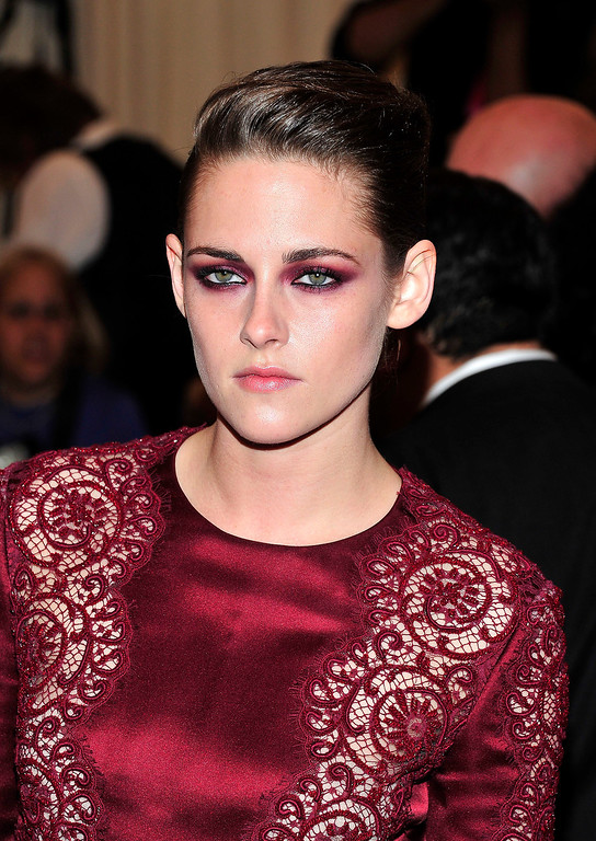 """. Kristen Stewart attends The Metropolitan Museum of Art\'s Costume Institute benefit celebrating \""""PUNK: Chaos to Couture\"""" on Monday May 6, 2013 in New York. (Photo by Charles Sykes/Invision/AP)"""