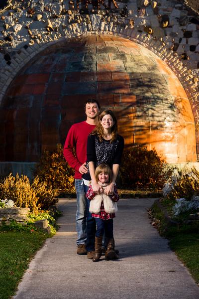 Nikki + Wes Family Portraits 5 of 35.jpg