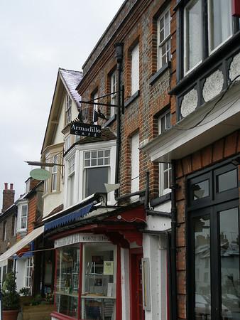 2008 04 UK - Avesbury Stone Henge Galsco