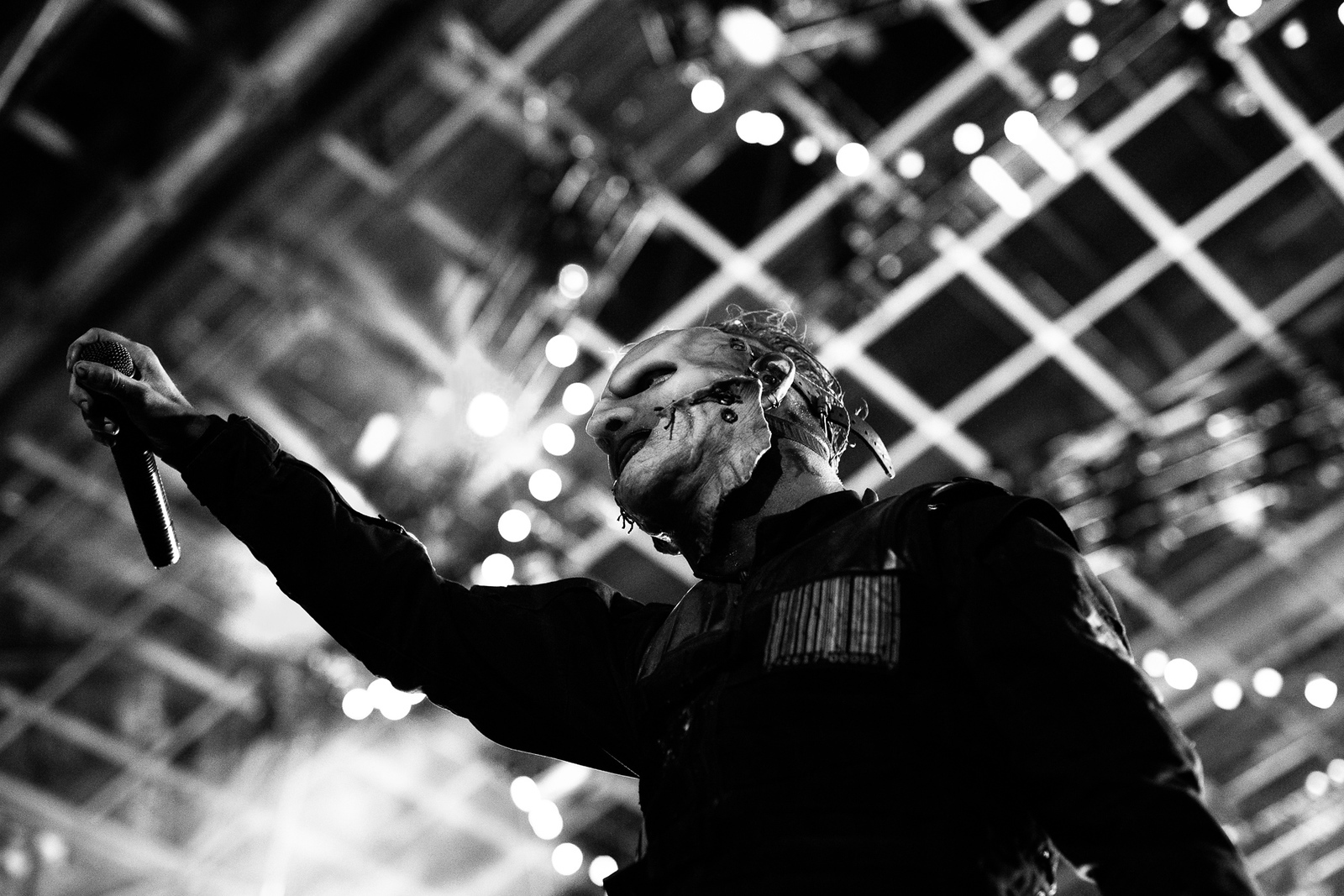 Corey Taylor of Slipknot by Adam Elmakias at Knotfest 2015