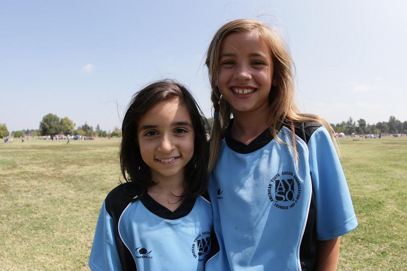 Soccer2011-09-17 12-26-14.JPG