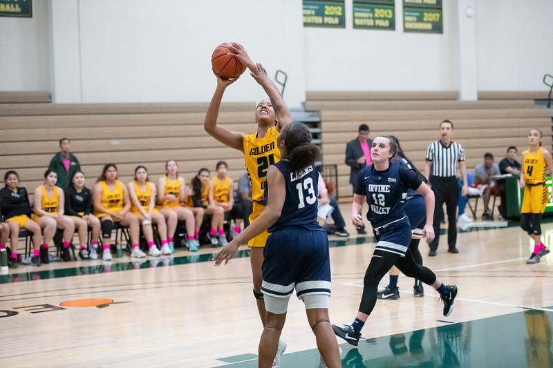 Basketball-W-2020-01-31-7604.jpg