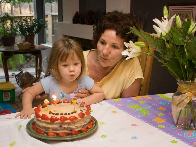 9/14 - Birthday of Grandma Zsuzsa. Lili helps to blow the candle