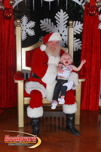 Santa 12-17-16-578.jpg