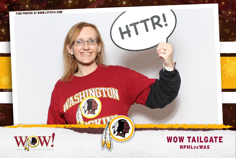 washington-redskins-philadelphia-eagles-wow-fedex-photo-booth-20181230-010645.jpg