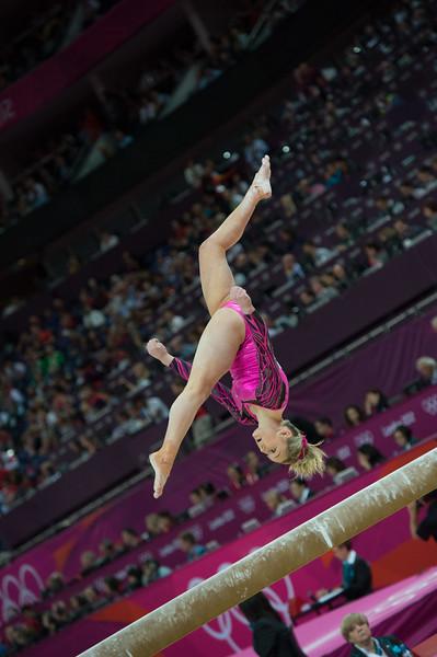 __02.08.2012_London Olympics_Photographer: Christian Valtanen_London_Olympics__02.08.2012__ND43977_final, gymnastics, women_Photo-ChristianValtanen