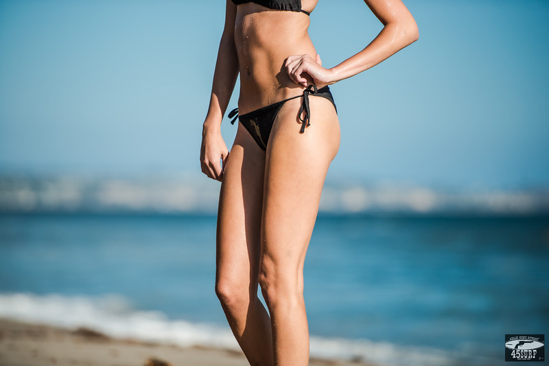 Nikon D800E Beautiful Swimsuit Bikini Model Goddess!  Nikon AF-S NIKKOR 70-200mm f2.8G ED  VR II Lens!