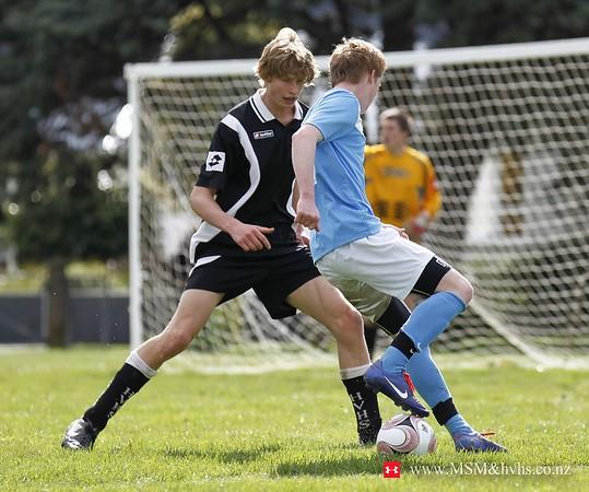 jm20120818-1st X1 football _MG_8165 A WM