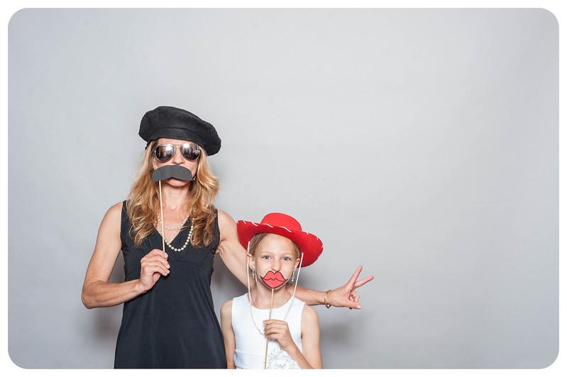 Tim+Olivia-Wedding-Photobooth-7.jpg