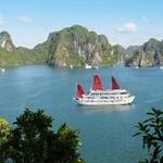 syrena-cruise-halong-bay.jpg