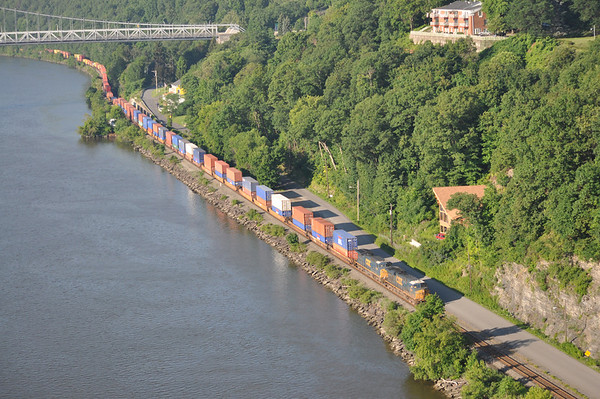 Railfanning the River Line 07/06 & 07/10/11.