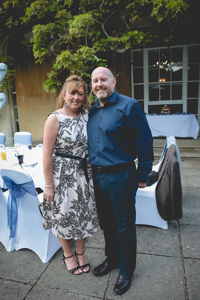Mr and Mrs -154.jpg