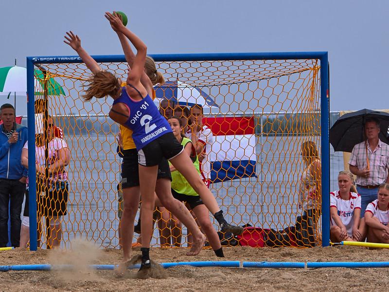 Molecaten NK Beach Handball 2015 dag 2 img 589.jpg