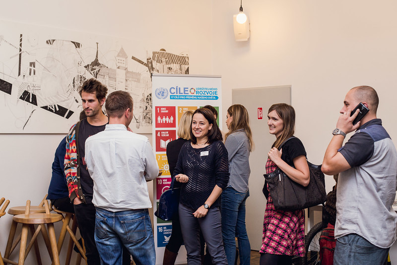 2016-10-13 Networking spolecenske odpovednosti male 059.jpg