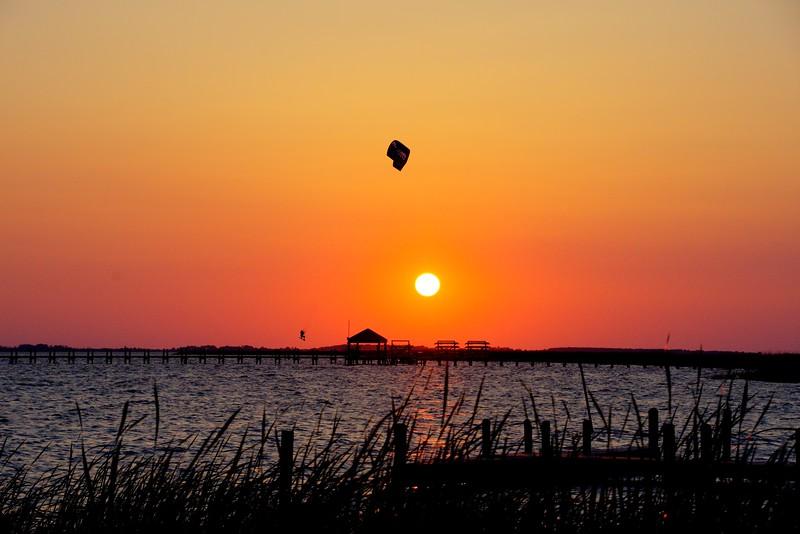Sunset-Kite-flyer-Corolla-Beechnut-Photos-rjduff.jpg