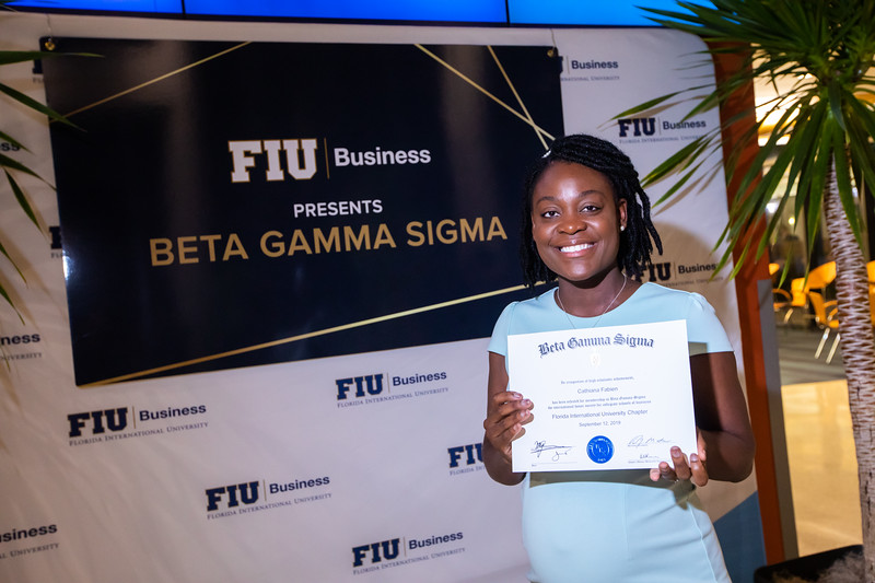 FIU Beta Gamma Sigma Ceremony 2019-130.jpg