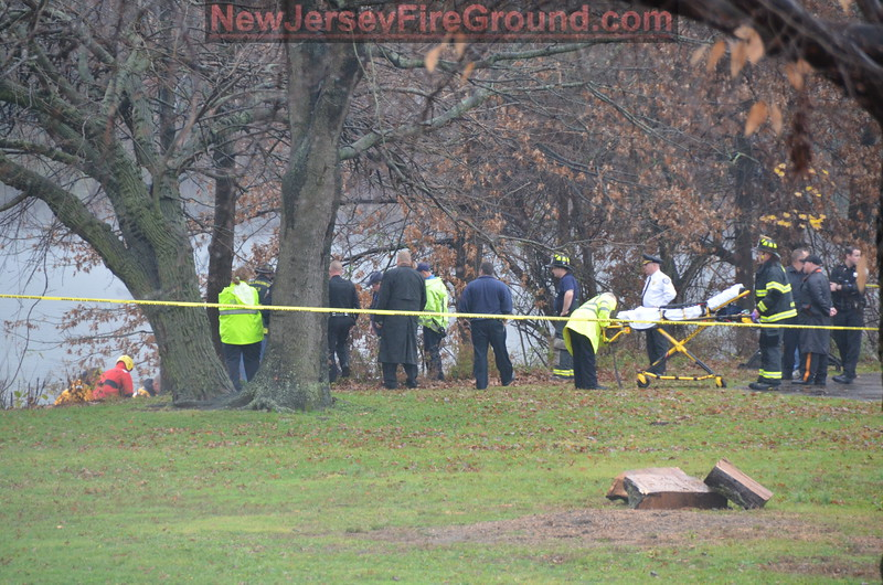 12-7-2011(Camden County)COLLINGSWOOD Newton Lake- Fatal Water Rescue