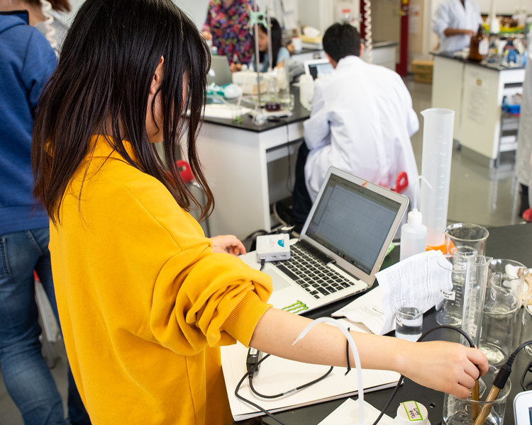 Grade 12 Science-Lab Work-ELP_2050-2018-19.jpg