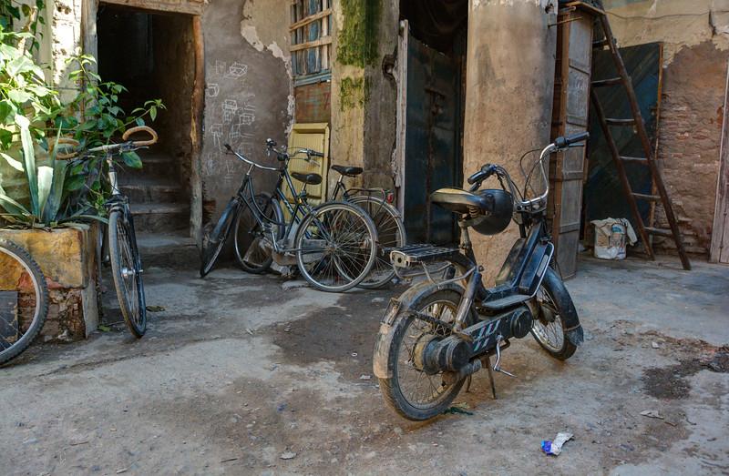 MarrakechBikeCourtyardDSC_9352_3_4_fused.jpg