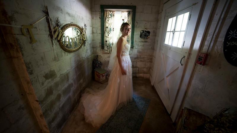 Garrett & Lisa Wedding (074).jpg