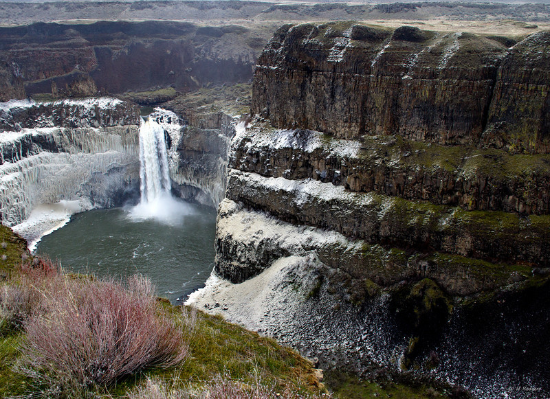 Palouse Falls in Winter