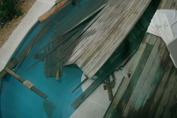 Deck Collapse-Sandbridge, VB, VA 08-October-2005