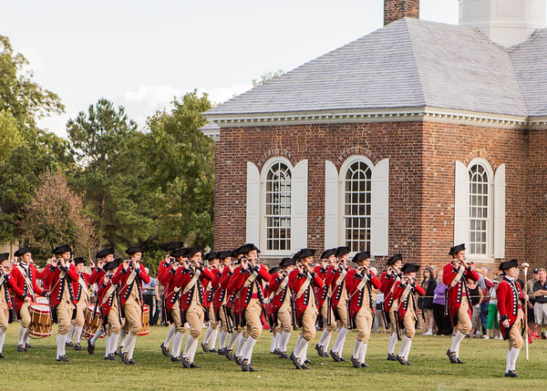 Fife & Drum Corps of Williamsburg, Va. reenact news and information about the Revolutionary war