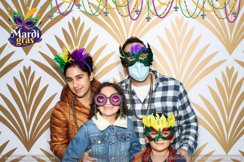 LOS GATOS DJ - The Bywater's Mardi Gras 2021 Photo Booth Photos (beads overlay) (2 of 29).jpg