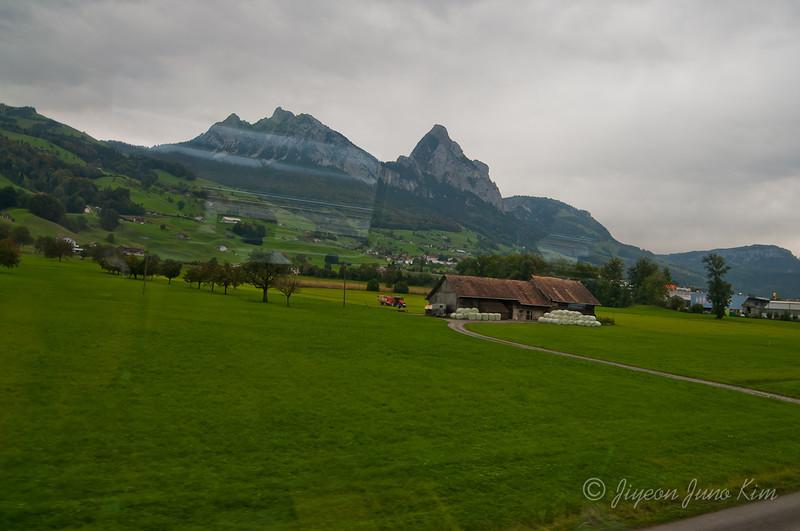 train-Switzerland-6412.jpg