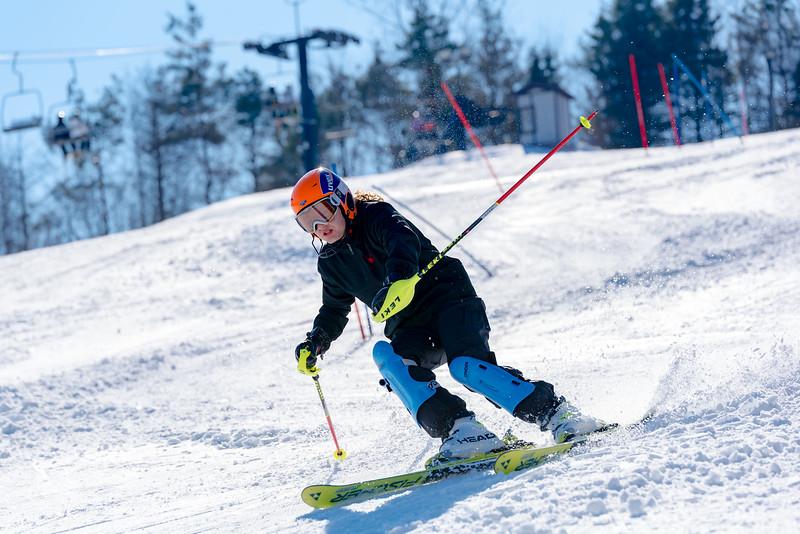 Standard-Race_2-3-18_Snow-Trails-73530.jpg