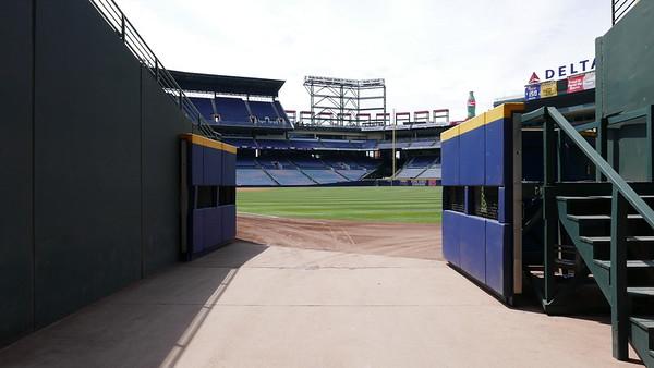 EXT Yankee Stadium & Tunnel