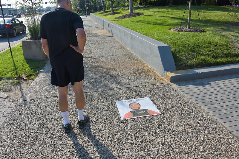 GoG amnesty sidewalk 1500-70-4856.jpg