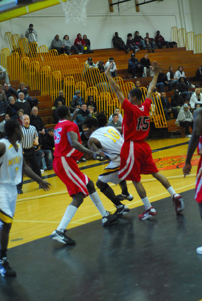 20090301_MCC Basketball_5647.JPG