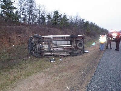 BUTLER TOWNSHIP MM 120 INTERSTATE 81 VEHICLE ACCIDENT 11-30-2009 PICTURES BY COALREGIONFIRE