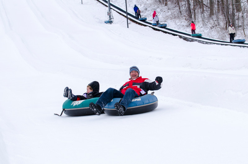 Opening-Day-Tubing-2014_Snow-Trails-70974.jpg
