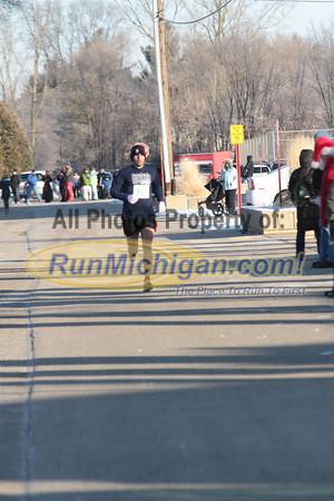 2011 Run Like The Dickens 5K Finish