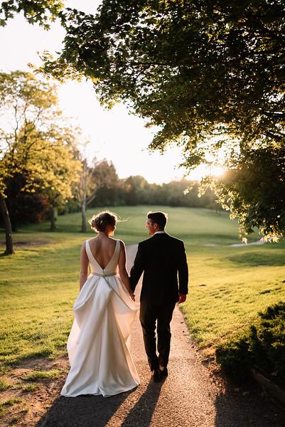 Chagrin Falls, Ohio Wedding Photographer   Molly & Jake's Columbia Hills Wedding