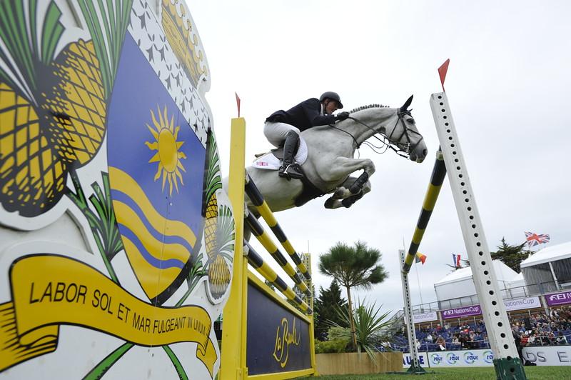 JUMPING : Guy WILLIAMS sur Depardieu Vant Keizelhof COUPE DES NATIONS 2012 -  CSIO DE LA BAULE 2012 - PHOTO : © CHRISTOPHE BRICOT